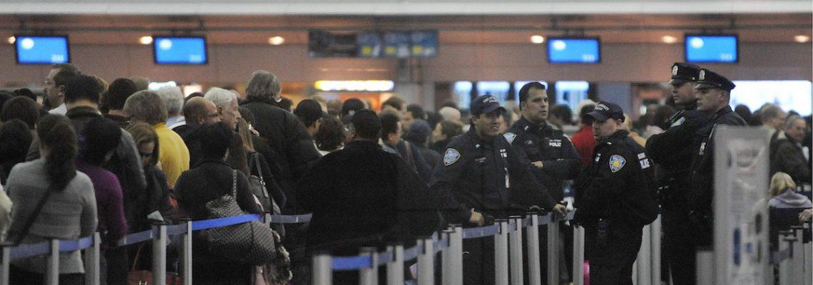 Se cae sistema informático de control fronterizo y aduanas en varios aeropuertos de EU