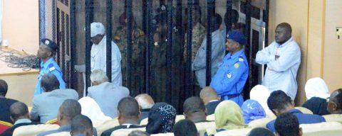 Al Bashir confiesa haber recibido 91 millones de dólares de Riad y Abu Dabi