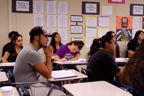 Universidades públicas de Arizona darán colegiaturas reducidas a estudiantes indocumentados
