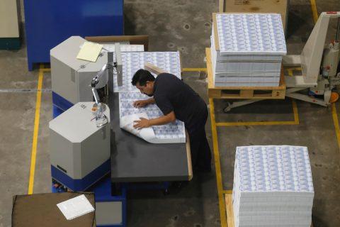 México puede reactivar economía reduciendo impuesto sobre la renta, dice BBVA