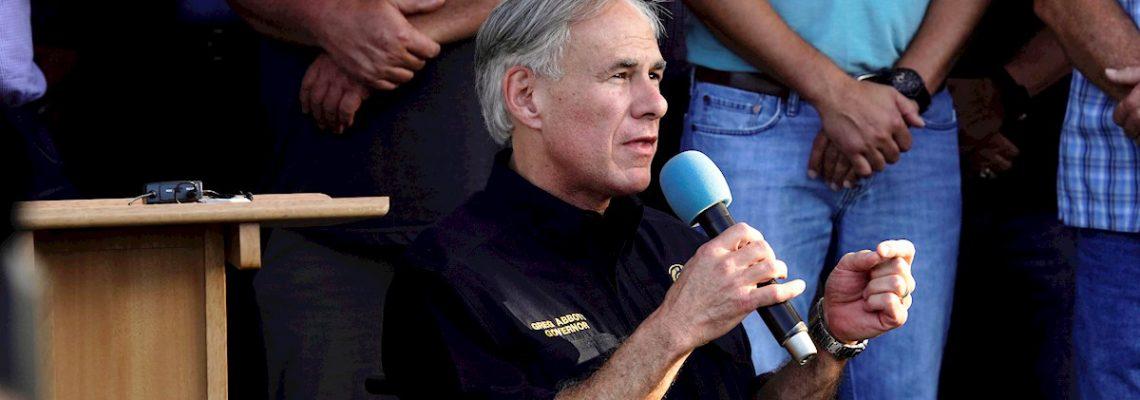 Gobernador texano usó discurso antimigrante la víspera de masacre de El Paso