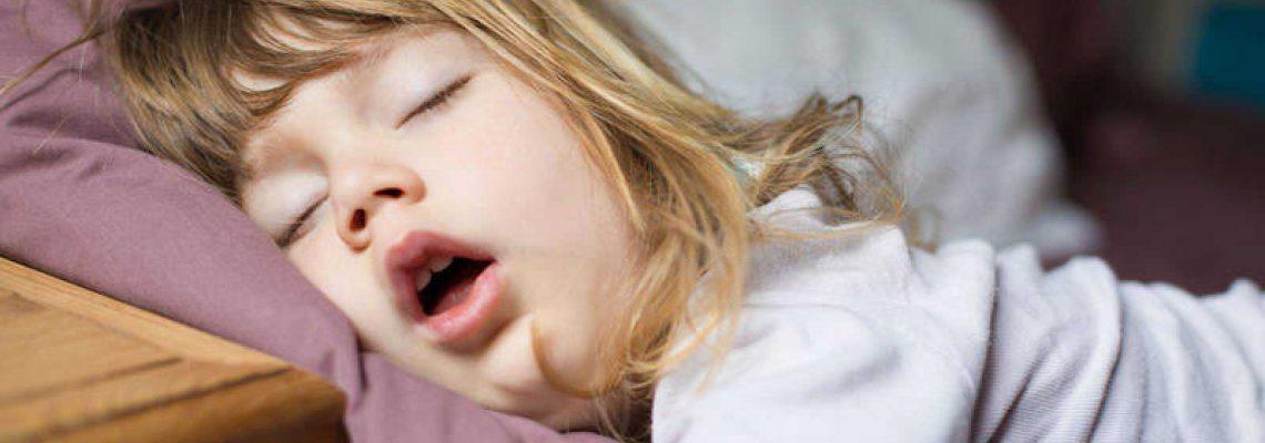 Niños y jóvenes no crecen adecuadamente debido a malos hábitos de sueño