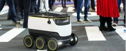 Pequeños robots con ruedas repartirán comida en 100 universidades del país