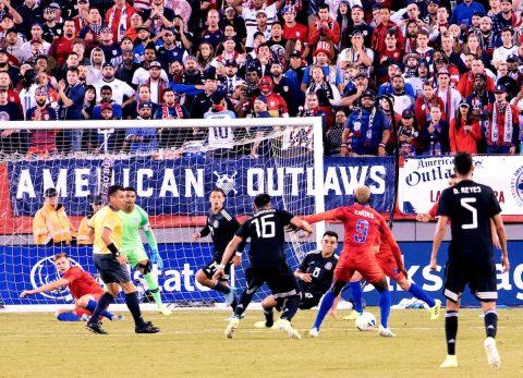 0-3 México se exhibe y golea a la peor versión de Estados Unidos