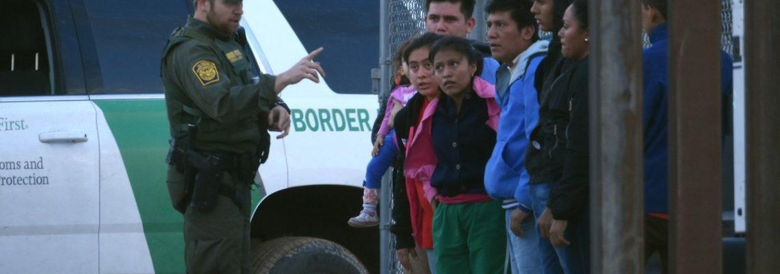 Niegan asilo a indocumentados en frontera al iniciar nuevas normativas de la administración Trump