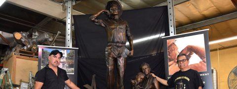 """Monumento recuerda legado de los braceros mexicanos, los """"soldados del surco"""""""