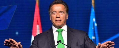 """Arnold Schwarzenegger dice que Trump """"quiere ser él"""" porque """"está enamorado"""""""