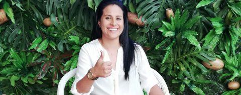 Una ciclista paralímpica colombiana dice que el deporte y la educación la tienen viva