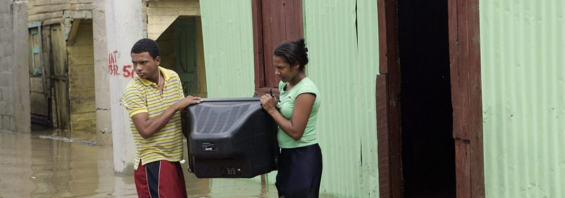 Cerca de 5.000 desplazados en República Dominicana por las fuertes lluvias