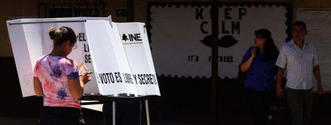 Mexicanos en el exterior podrán votar vía electrónica en elecciones de 2021