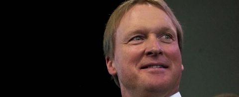 Jon Gruden quiere que Antonio Brown juegue el lunes con los Raiders