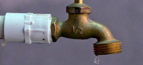 Químicos almacenados en bases militares afectan al agua de California