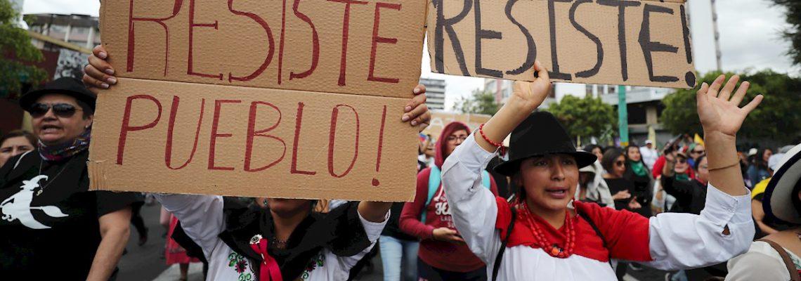 Una marcha femenina exige poner fin a la represión y que salga el FMI de Ecuador