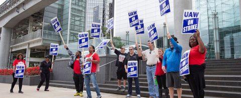 General Motors y sus trabajadores se desangran tras un mes de huelga en EE.UU.