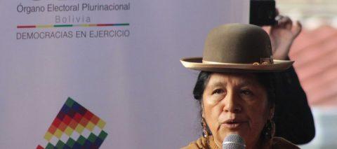 Los bolivianos comienzan a votar para elegir presidente y renovar su Parlamento