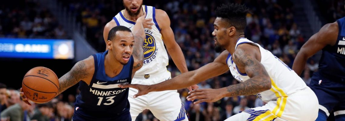 Curry brilla con 40 puntos, Leonard muestra su clase pese a un debut perdedor