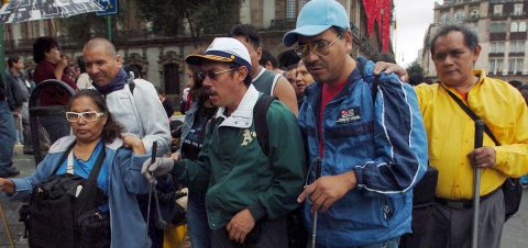 Diabetes es la principal causa de ceguera en México, señala experto