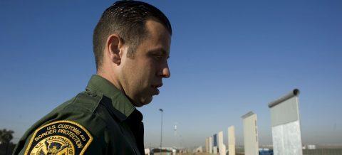 """Los habitantes de la frontera, hartos de los """"abusos"""" de ICE y CBP"""
