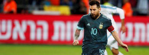 2-2. Messi y Luis Suárez empatan el Clásico del Río de la Plata