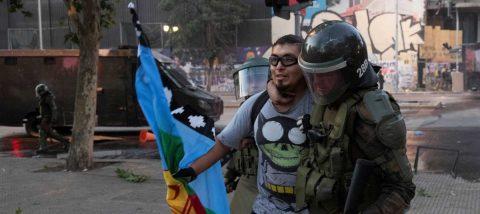 El acuerdo por la nueva Constitución chilena no sofoca la movilización social