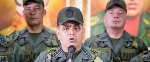 Asaltan una unidad militar de Venezuela cerca de Brasil y acusan a la oposición