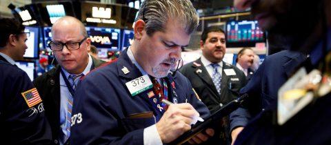 Wall Street rompe su racha y vuelve a preocuparse por la guerra comercial