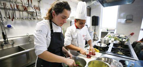 El machismo aún se cuece en la gastronomía, donde la mujer entra de a poco