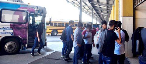 Los hondureños no dejan de migrar pese a la deportación de 108.827 en 2019