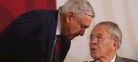Falta de plan nacional pone en jaque promesa de salud universal en México
