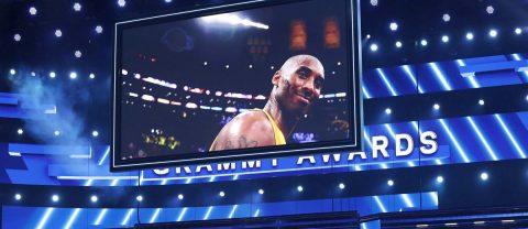 La pérdida de Kobe Bryant tiñe de luto la alfombra roja de los Grammy