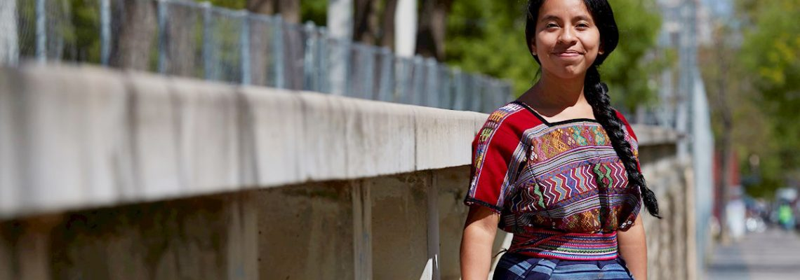 La cantante indígena Sara Curruchich se unirá a Mon Laferte en festival mexicano
