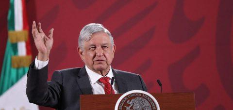 López Obrador pide a la Guardia Nacional no ser deshonestos ni corromperse