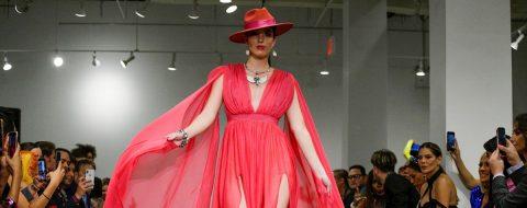 Nueva York abre su Fashion Week con acento hispano pero notables ausencias