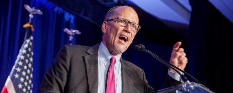 Demócratas piden el recuento de los resultados en Iowa tras días de confusión