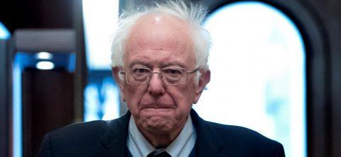 """Sanders lidera por delante de Biden la intención de voto en """"caucus"""" de Iowa"""
