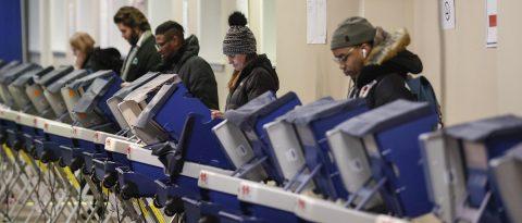 Más de 7 de cada 10 no votantes crónicos en EE.UU. piensan votar en 2020