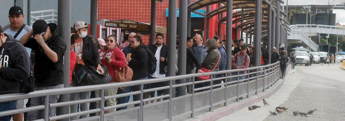 Comienza restricción de cruces fronterizos entre Mexico y EEUU por COVID-19