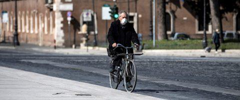 Italia llega al pico de contagios y la vuelta a la normalidad será lenta