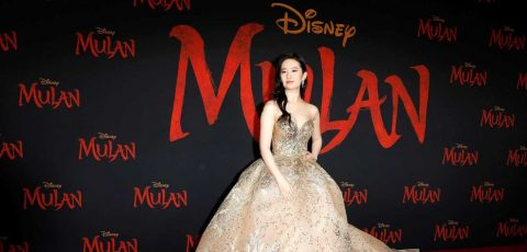 """""""Mulan"""" desafía al coronavirus y celebra su estreno mundial en Hollywood"""