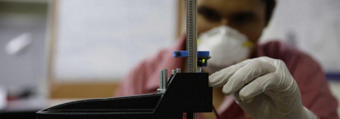 Universidad salvadoreña desarrolla respirador mecánico para apoyar hospitales