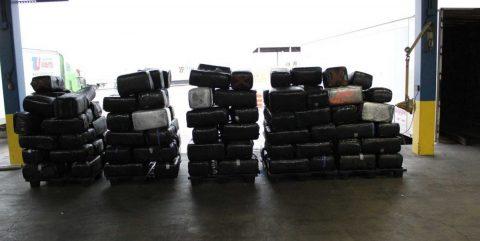 Incautan droga valuada en casi nueve millones de dólares en paso fronterizo