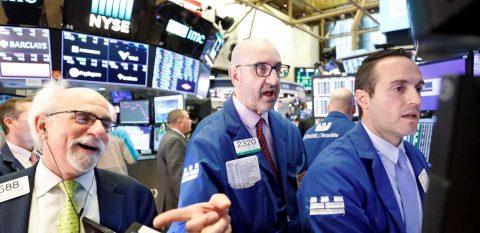Wall Street se dispara y el Dow sube 4,89% entre expectativa de medidas