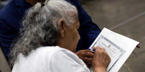 El Gobierno extiende hasta mayo el cierre de las oficinas de Inmigración