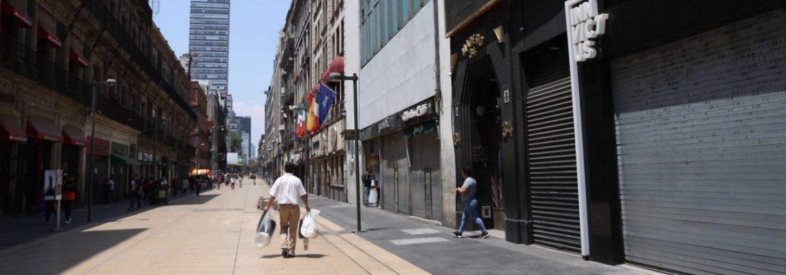 Comerciantes de Ciudad de México se resisten a quedarse en casa ante COVID-19