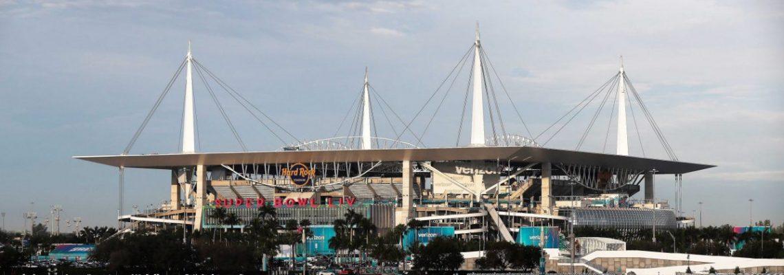 """Los Dolphins organizarán eventos en su campo del """"Hard Rock Stadium"""""""