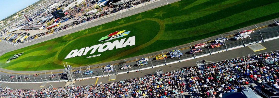 Serie NASCAR volverá en mayo con cuatro carreras