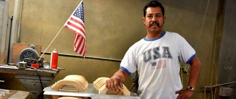 Mayoría en EEUU cree que inmigrantes toman empleos que ciudadanos no quieren