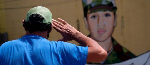 Exmilitar dedica su carrera por el país a Vanessa Guillén y Gregory Morales