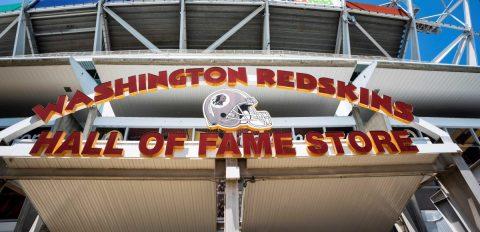 Dueños minoritarios de los Redskins buscan vender participaciones