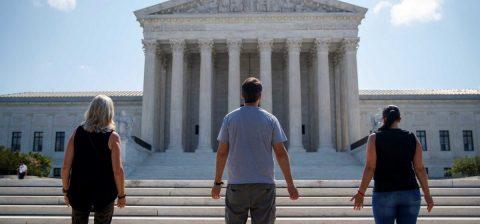 Corte Suprema: las escuelas religiosas, inmunes a demandas por discriminación